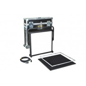 (Photo - Reference only - Includes Celeb 400Q Yoke Mount, Gel Frame, Louver, 12ft IEC power cord, Jr. Pin Mount, Case)